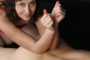 hands-love1
